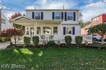 Homes for Sale in Berkley, Michigan $374,900