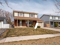 Homes for Sale in Shoreacres, Burlington, Ontario $975,000