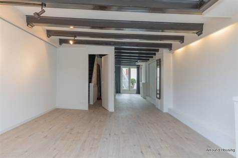 Nieuwezijds Voorburgwal, Suite 2350