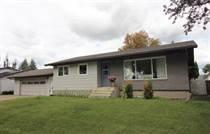 Homes for Sale in Town of Bonnyville, Bonnyville, Alberta $269,900