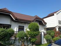 Homes for Sale in Bf Resort Drive, Las Pinas, Metro Manila ₱7,500,000