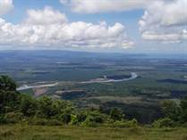 Lots and Land for Sale in Ojochal, Puntarenas $195,000
