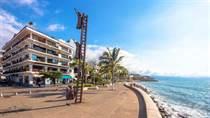 Condos for Sale in El Centro, Puerto Vallarta, Jalisco $289,000