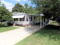 Homes for Sale in Dell Lake  Village MHP, Dundee, Florida $7,500