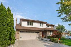 33 Ritter Cres
