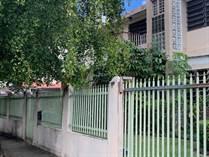 Multifamily Dwellings for Sale in University Garden, San Juan, Puerto Rico $239,000