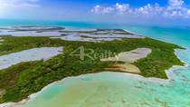 Lots and Land for Sale in Cayes , Belize $17,950,000
