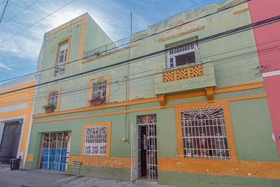 Large, 3 Story Colonial Home one block from Santa Lucia