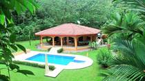 Homes for Sale in Ojochal, Puntarenas $285,000