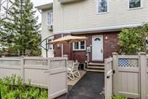 Condos for Sale in Stittsvile, Ottawa, Ontario $264,900