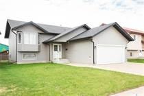 Homes for Sale in Prince Albert, Saskatchewan $359,900