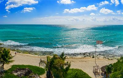 Outstanding 2 Br. Condo with ocean view, Xcalacoco Beach, Playa del Carmen