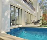 Homes for Sale in Playacar Phase 2, Playacar, Quintana Roo $430,000