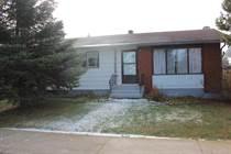 Homes for Sale in Mundare, Alberta $155,000