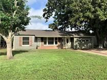 Homes for Sale in Lone Oak, Seguin, Texas $189,500