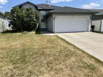 Homes for Sale in Fraser, Edmonton, Alberta $359,900