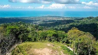 Three Ocean View Rental Homes with Building Site in Downtown Uvita
