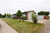 Multifamily Dwellings for Sale in Medicine Hat, Alberta $670,000