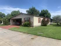 Homes for Sale in Country Meadows, Plant City, Florida $15,000