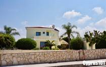 Homes for Sale in Sea Caves, Peyia, Paphos €595,000