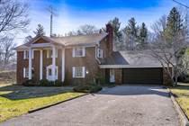 Homes for Sale in Simcoe County, Wasaga Beach, Ontario $899,900