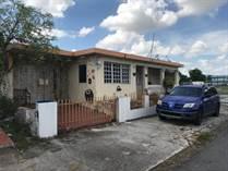 Multifamily Dwellings for Sale in Villa Carolina, Carolina, Puerto Rico $99,500
