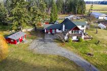 Homes for Sale in Merville/Black Creek, British Columbia $799,000