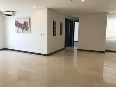 Apartamento de dos habitaciones 2 banos  en Nunciatura