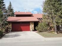 Homes for Sale in Oakridge Estates, Calgary, Alberta $529,000