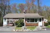 Homes for Sale in Hopkinton, Massachusetts $275,000
