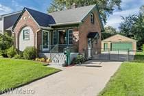 Homes for Sale in Berkley, Michigan $262,000