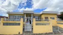 Homes for Sale in Reparto Flamingo, Bayamon, Puerto Rico $99,000