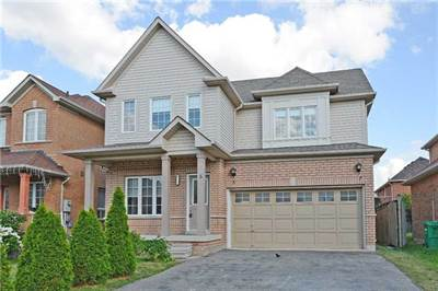 Totally Remodelled 3 Bedroom Home! Perfect Brampton Location!