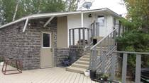 Homes for Sale in Gunn, Alberta $168,200