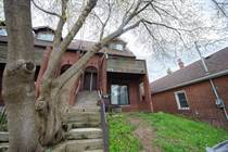 Multifamily Dwellings for Sale in York Regional Forest, Toronto, Ontario $990,000