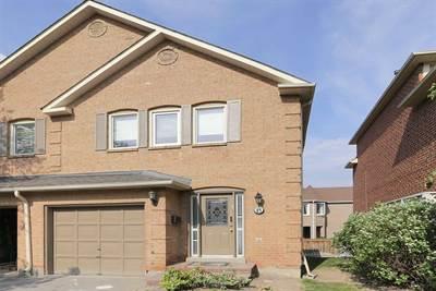 15 Beaumont Pl, Suite 16, Vaughan, Ontario