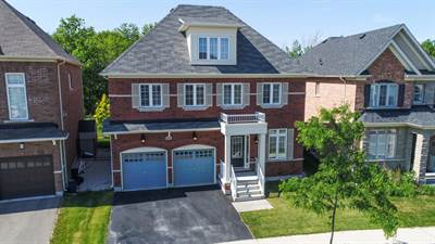 4 Bedroom Luxury Home In Scott Community Milton! A True Gem!