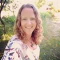Tara Rosen, Sales Representative