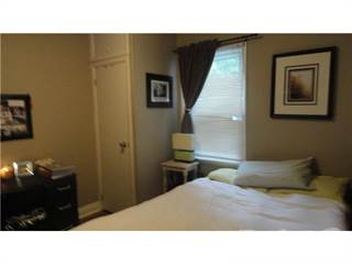 Apartment for rent in 52 Sophia Street East - Front 2 bedroom in tri-plex, Barrie, Ontario