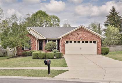 Residential for sale in 605 Hawthorne Ave, Shelbyville, KY, 40065