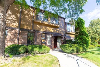 Residential Property for sale in 8670 N Servite Dr, Milwaukee, WI, 53223