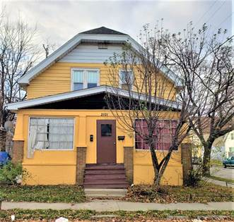 Multifamily for sale in 2101 S 15th Pl, Milwaukee, WI, 53215