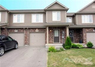 Townhouse for rent in 105 Roselawn Crescent, Welland, Ontario, L3C 0C5