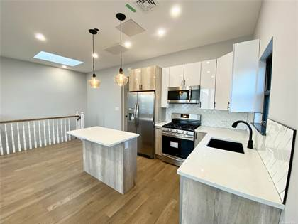 Residential Property for rent in 61-39 Maspeth Avenue 2nd FL, Maspeth, NY, 11378