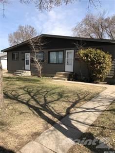Residential Property for sale in 66-68 Rupert DRIVE, Saskatoon, Saskatchewan, S7K 1B3