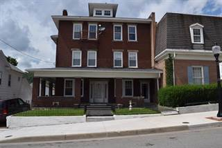 Multi-Family for sale in 121 TEMPLE STREET, Hinton, WV, 25951
