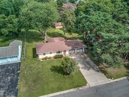 Residential Property for sale in 2934 Woodbridge Street, Roseville, MN, 55113