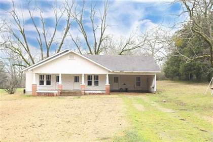 Residential Property for sale in 255 College St, Ackerman, MS, 39735