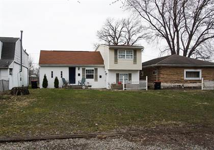 Multifamily for sale in 858 Idlewilde Avenue, Newark, OH, 43055