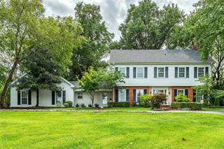Single Family for sale in 18 Forest Hills Ridge Court, Chesterfield, MO, 63005